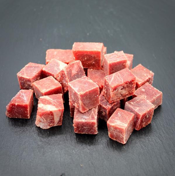 100% Rindfleisch-Würfel